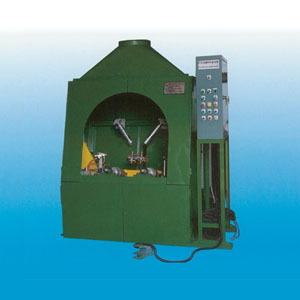 Picture of PCR Green Tire Painting Machine for Model No AW-GPT-PCR-1216